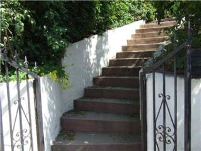 Front_stairs