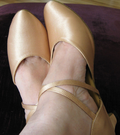 Dance_shoes